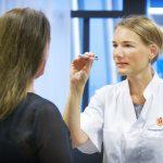 Arts-onderzoekers geven onderwijs aan co-assistenten en geneeskundestudenten